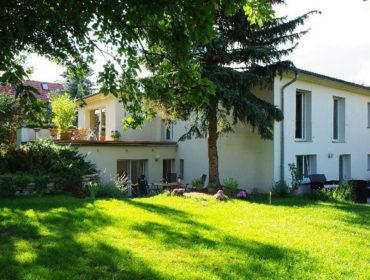 Ferienwohnungen an den Schlosswiesen Pension Paulisch